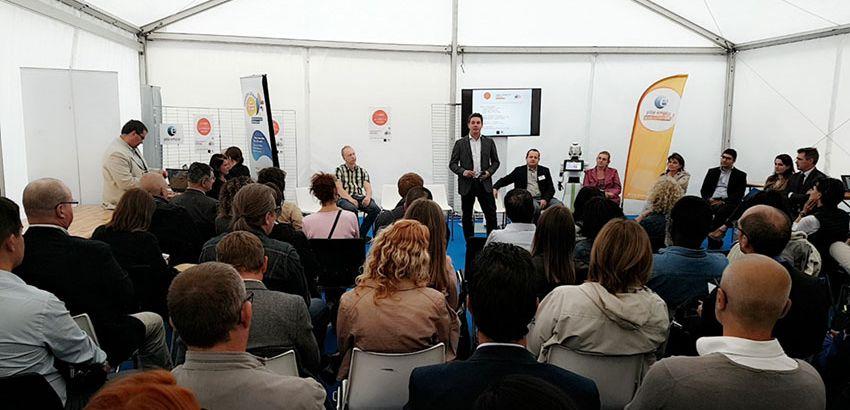 La conférence sur l'évolution des entreprises et les nouvelles compétences recherchées. ©Pôle emploi