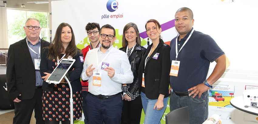 La team digitale de Pôle emploi, dont Cédric Nicolay (au centre). © Pôle emploi Grand Est