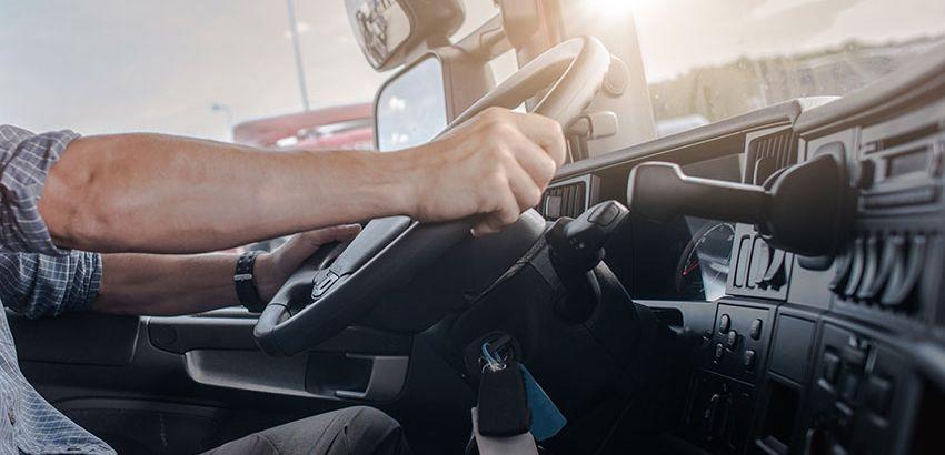 Chauffeur poids lourd, un métier plein d'avenir