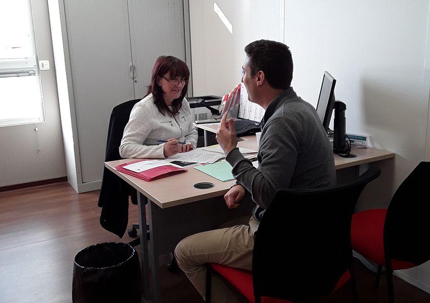 Job dating inversé à l'agence Pôle emploi de Vitry-le-François.